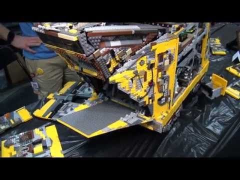 Incredibly Accurate Star Wars LEGO Tatooine Sandcrawler [Video] - It's built using 10,000 LEGO Technics bricks and replicates the Star Wars Tatooine Sandcrawler in incredible detail. It also has some easter eggs!