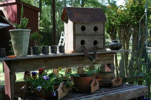 41 Awesome Potting Stations For Every Gardener | Shelterness ~ love the birdhouses.