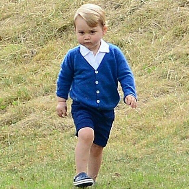 Двухлетний сын Кейт Миддлтон и принца Уильяма, Джордж (Prince George) стал законодателем детской моды http://www.cosmo.ru/stars/news/25-06-2015/princ-dzhordzh-stal-zakonodatelem-mody/ #мода2015 #мода #дети#одежда