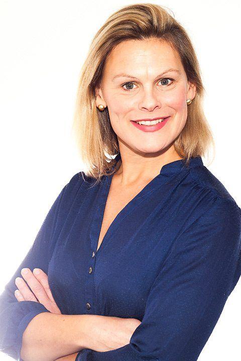 BBC Bargain Hunt - Kate Bliss