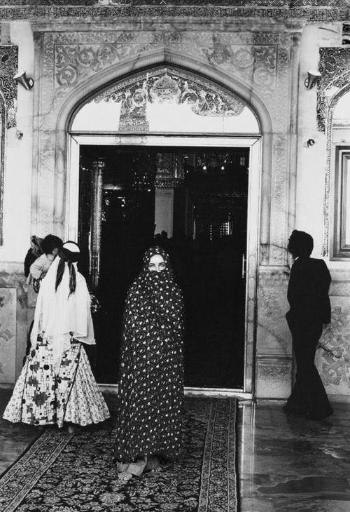 Elizabeth Taylor by Firooz Zahedi.