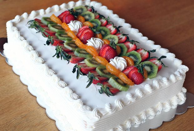 Posna plazma torta sa sezonskim voćem