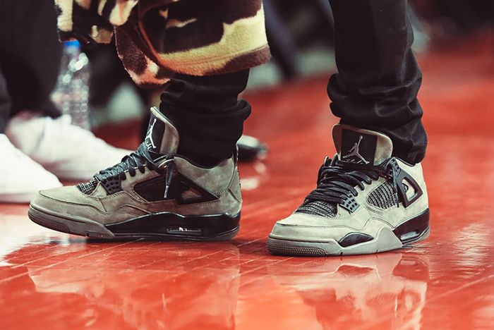 official photos 74d09 9d78d Incoming: Travis Scott x Air Jordan 4 'Cactus Jack' in Olive ...