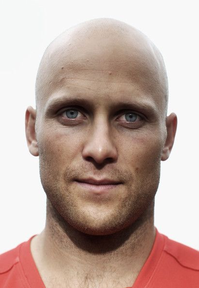 Gary Ablett Image has been desaturated) Gary Ablett of the Gold Coast Suns poses during the 2012 AFL Captains Photo Call at The Museum of Contemporary Art on March 22, 2012 in Sydney, Australia.
