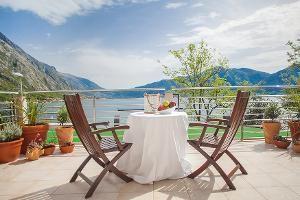 Montenegro Hotel Option: Casa del Mare ::: Casa del Mare - Amfora