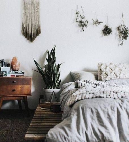 A Guide To Identifying Your Home Décor Style: 17 Best Ideas About White Bedroom Decor On Pinterest