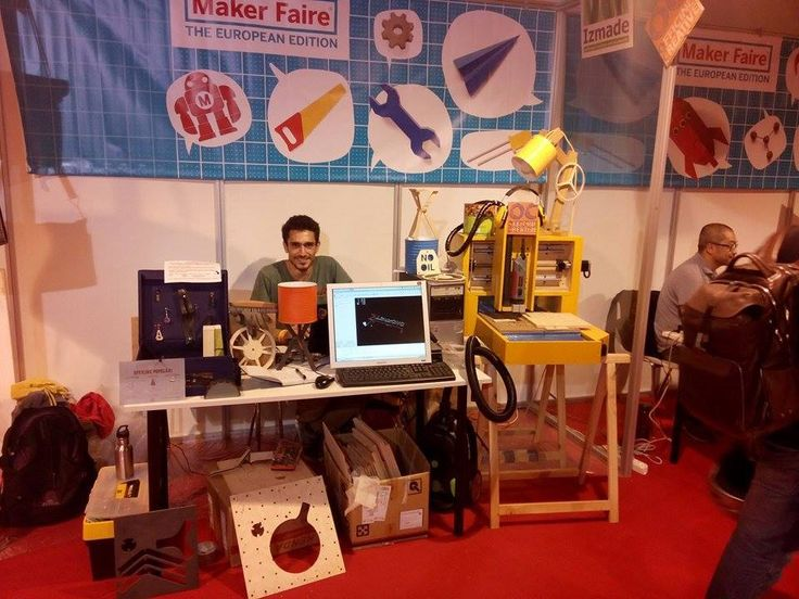 "CNC Router ""Solidis"" from Paolo Di Napoli at Maker Faire Rome. Designed by Christopher Blasius. Plans available at holzmechanik.de"