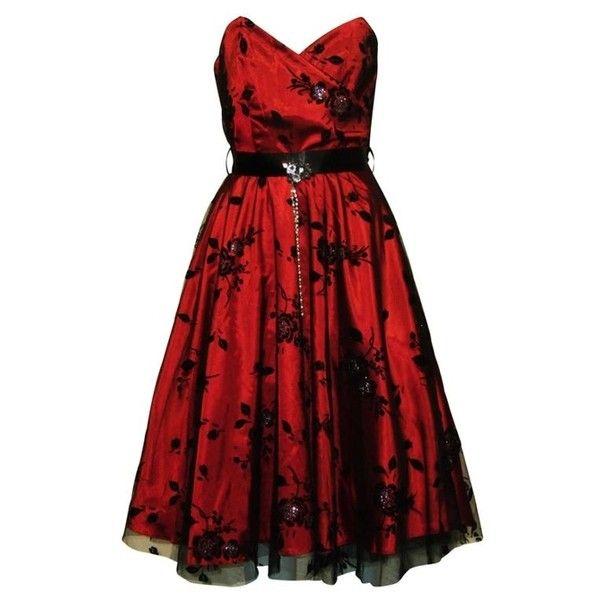 Plus Size Gothic Prom Dresses