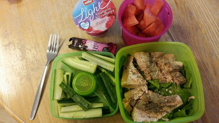 packed tea. Salmon with lots of speed cucumber, spinach and melon. 1 syn for dressing. Hifi bar 1/2 of hexB