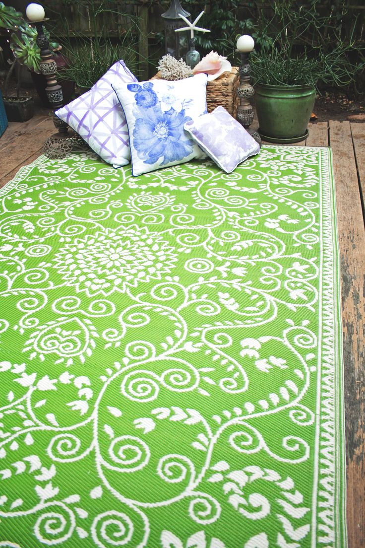Fab Habitat Recycled Plastic Rugs Indoor Outdoor Murano Lime Green