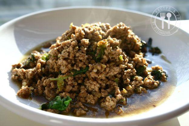 Thaise recepten van Piyawadee: Pittige roerbakken rundergehakt met heilig basilicum : Phad Ka-praow Nua Sab