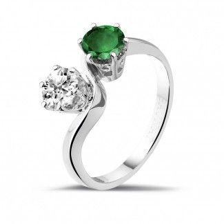 - 1.00 caraat diamanten Toi et Moi ring in wit goud met smaragd