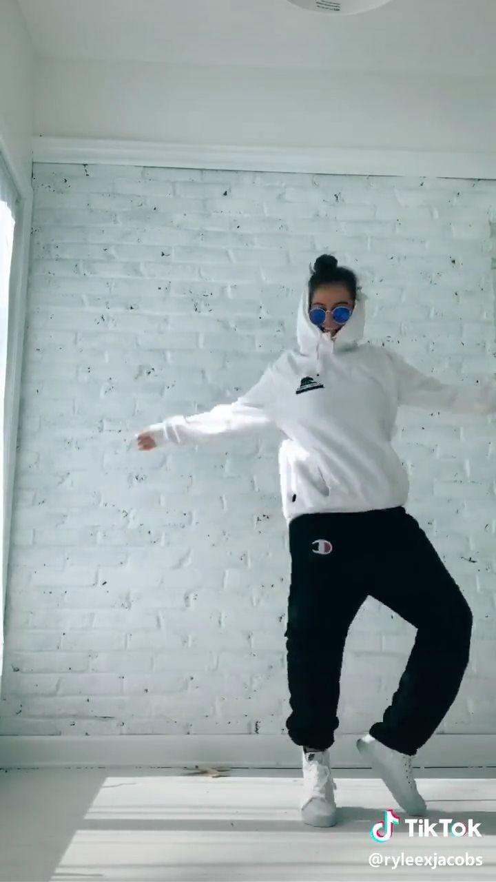 Tik Tok girls best dance performance - YouTube   Tiktok Danse