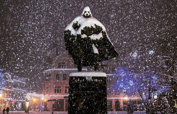 Polish Statue Becomes Darth Vader During Winter