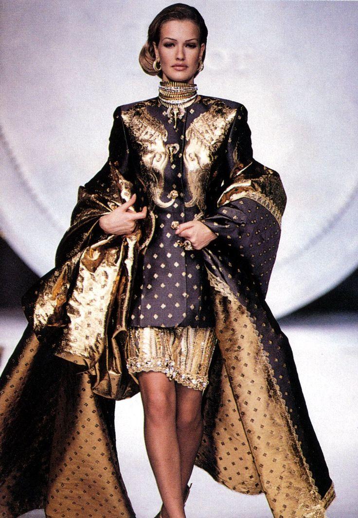 Karen Mulder, Christian Dior Haute Couture