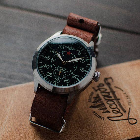 a04521daa75a7 Montre aviateur - montre Vintage montre - montre mécanique - montre  soviétique - montre militaire - USSR - Mens watch - montres Russe mécanique  militaire ...