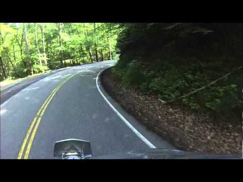 tail of the dragon helmet cam video of 11 miles and 318 curves on highway