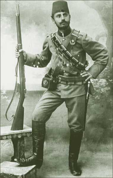 WW1, Turkish soldier, 1914.Find our speedloader now! http://www.amazon.com/shops/raeind