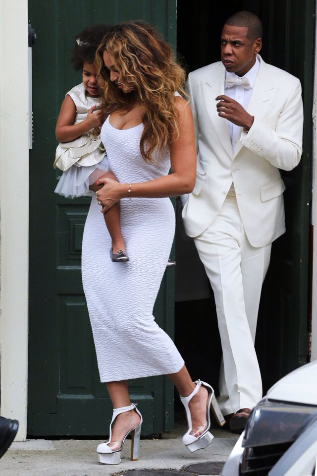 Beyoncè, Jay Z & Blue @ Solange's wedding in New Orleans Nov 16, 2014