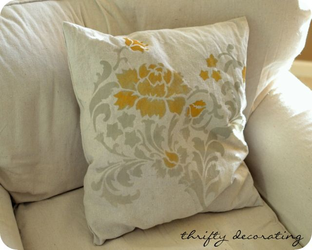 Thrifty Decorating: DIY Stenciled Pillows