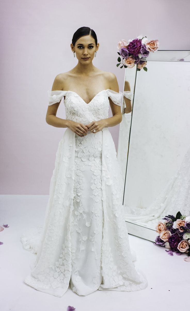 The 106 best Trish Peng Wedding Gowns images on Pinterest | Bridal ...
