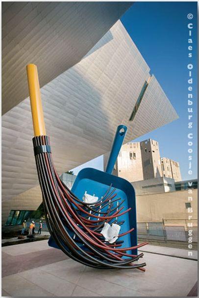Клас Ольденбург (Claes Oldenburg)_sculptures_21