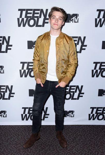 "Froy Gutierrez Fotos Fotos: MTV ""Teen Wolf"" 100. Folge Screening und Series Wrap Party"
