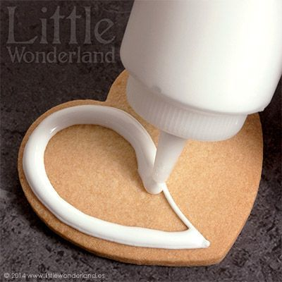 GALLETAS DECORADAS 8: Decoración de una galleta paso a paso | Little Wonderland | Bloglovin'