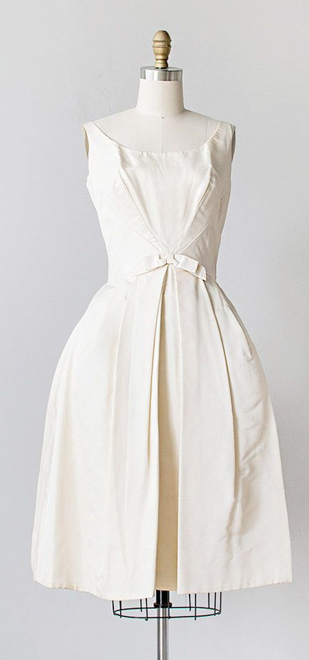 1000  ideas about Vintage White Dresses on Pinterest | Vintage red ...