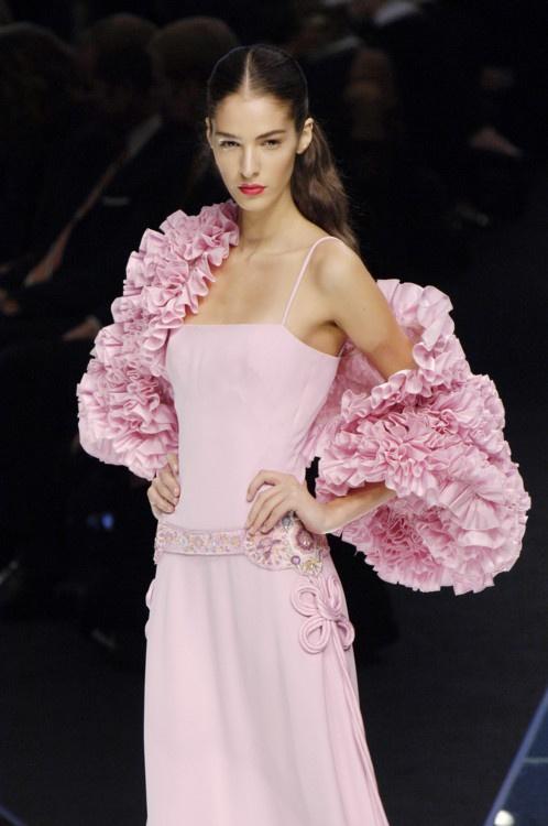 Valentino Spring 2006 Ready-to-Wear Fashion Show
