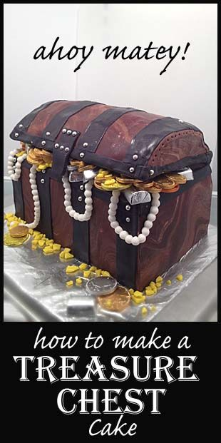 Treasure Chest | Little Delights. Click on link for tutorial. http://littledelightscakes.com/treasure-chest/