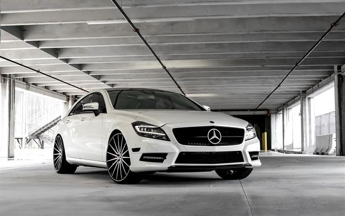Download wallpapers Mercedes CLS550, 2018, luxury sedan, white CLS, tuning, silver wheels