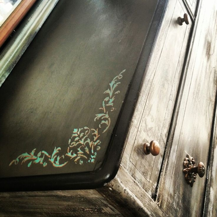 Chippy distressed farmhouse white finish with dark ebony stained top and turquoise & copper detailing