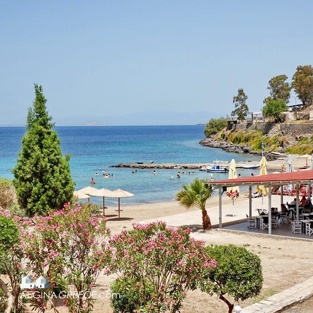 Aegina Maris beach - On the road to Perdika