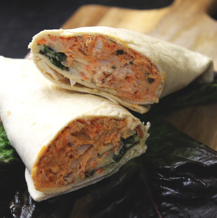 Buffalo chicken and coleslaw burrito! | Slimming world recipes and other ramblings. #lowfat #lowcal #healthy