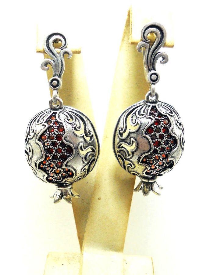 Pomegranate Multi Stone Statement Earrings c1QZdWEv