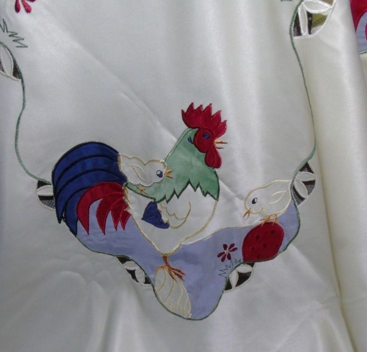 Vintage large tablecloth Hen Chics Chickens Eggs 106 ins x 70 ins and 12 napkins   eBay