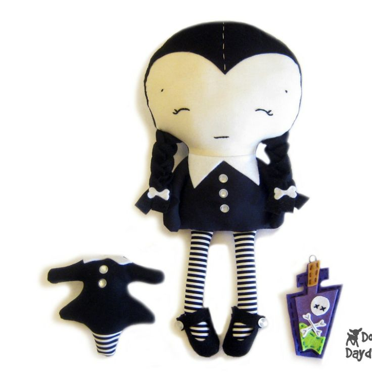 Dolls And Daydreams / Wednesday Doll Sewing Pattern