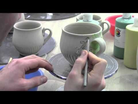 Decorating a mug with under glazes and sgraffito