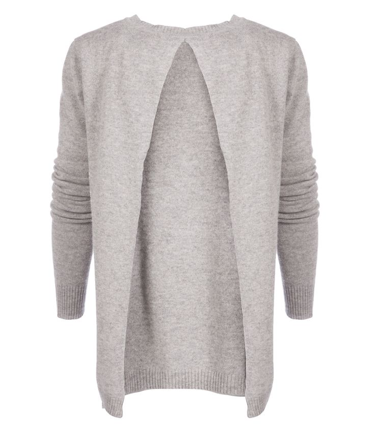 Made from incredibly light weight cashmere, Blake LDN's knitted top is the perfect layering piece to take you seamlessly through seasons. Cut with an open back. #clerkenwellldn #Blakeldn