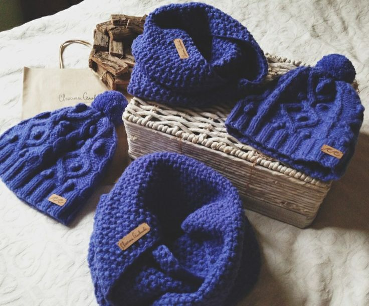 Cozy knits: knitted hat and scarf (merino/cashmere)