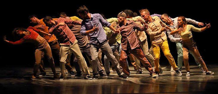Con il titolo Corpi e confini Oriente Occidente 2016 continua il suo percorso di intreccio e connessione tra arte coreutica e fenomeni sociali...