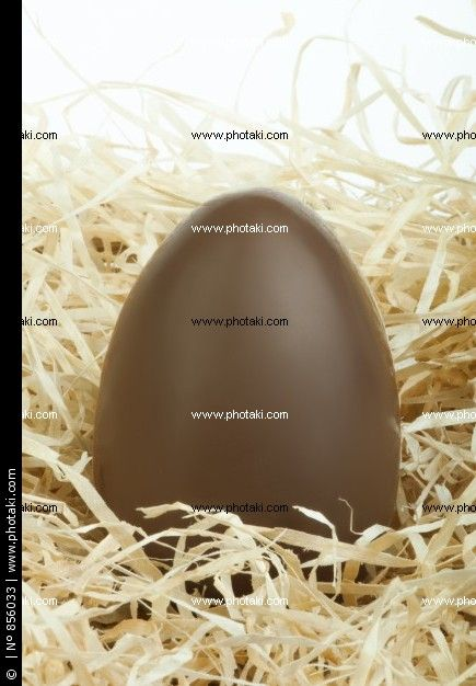 http://www.photaki.com/picture-chocolate-easter-egg_856033.htm