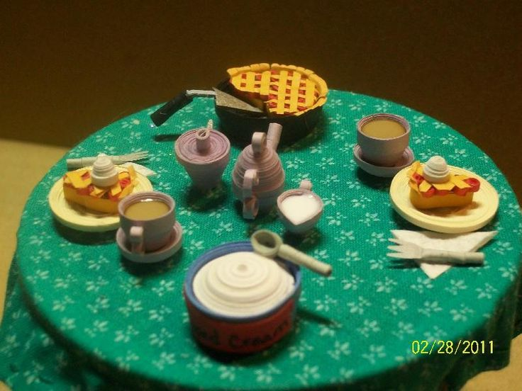 Paper Crafts: Quilled Table Scene