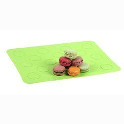 Une feuille de cuisson à Macarons pour tester tous les goûts possible, sucré ou salé ! https://www.patissea.com/feuille-de-cuisson-en-silicone-pour-18-petits-macarons-yoko-design,fr,4,YD1142.cfm