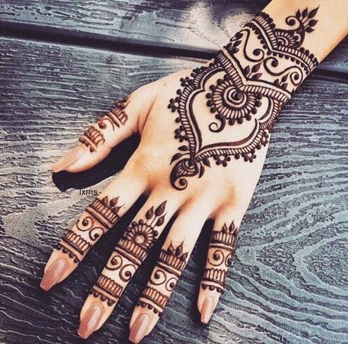 tattoo inspirada em desenhos indianos - Pesquisa Google