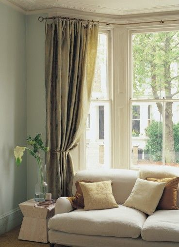 Best 25 Bow Window Treatments Ideas On Pinterest Curtains Living Room Bay Window Bay Window