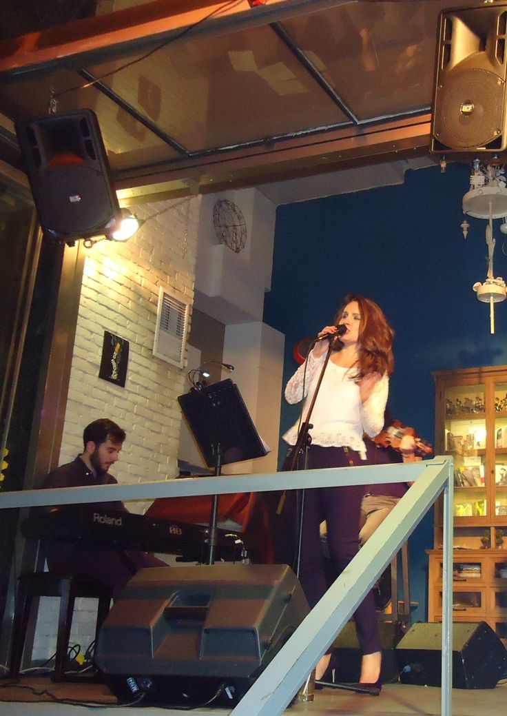 Βάσια Δανιά live @ Jazz Point (18/3/2016) με Στέλιο Φραγκούς (πλήκτρα)
