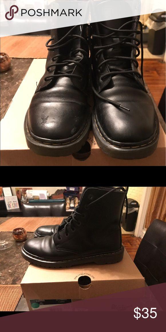 Doc Martins boots Doc Martina boots size 10 doc Martins Shoes Combat & Moto Boots