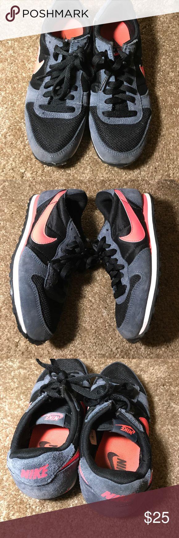 Pink/Gray Nike Pegasus Tennis Shoes Nike Size 6 shoes, retro look. Nike Shoes Athletic Shoes